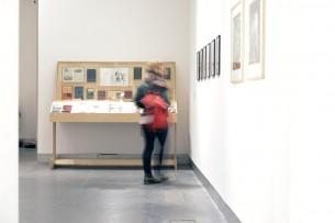 http://glasgowinternational.org/wp-content/uploads/2015/09/My-Bookcase1-305x203.jpg